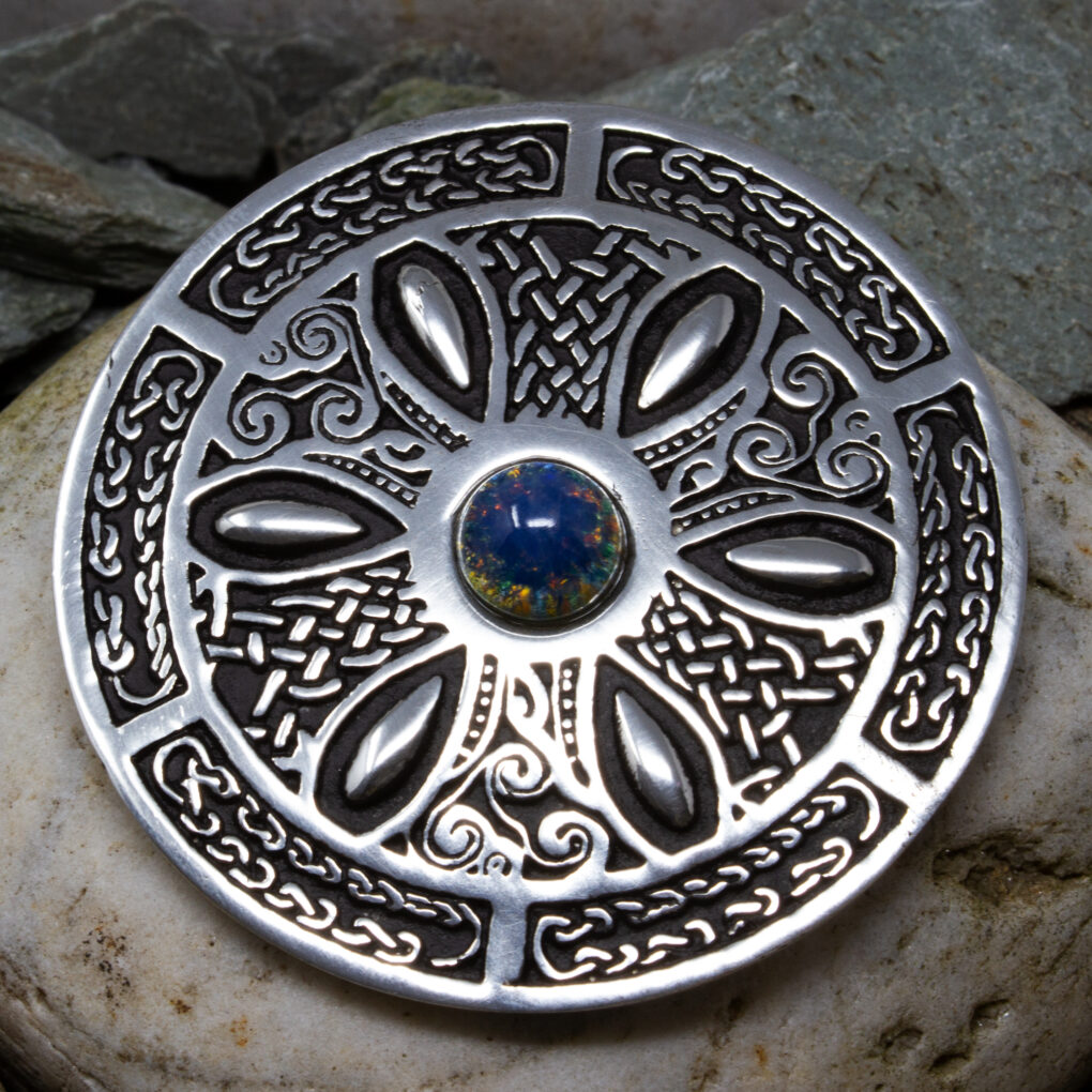 Pewter Celtic Wheel Gemstone