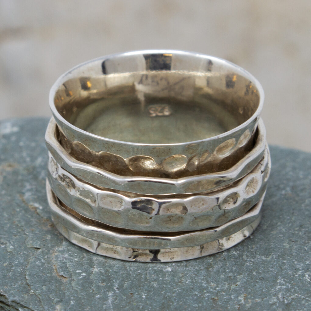 silver spinning ring with silver bands copy