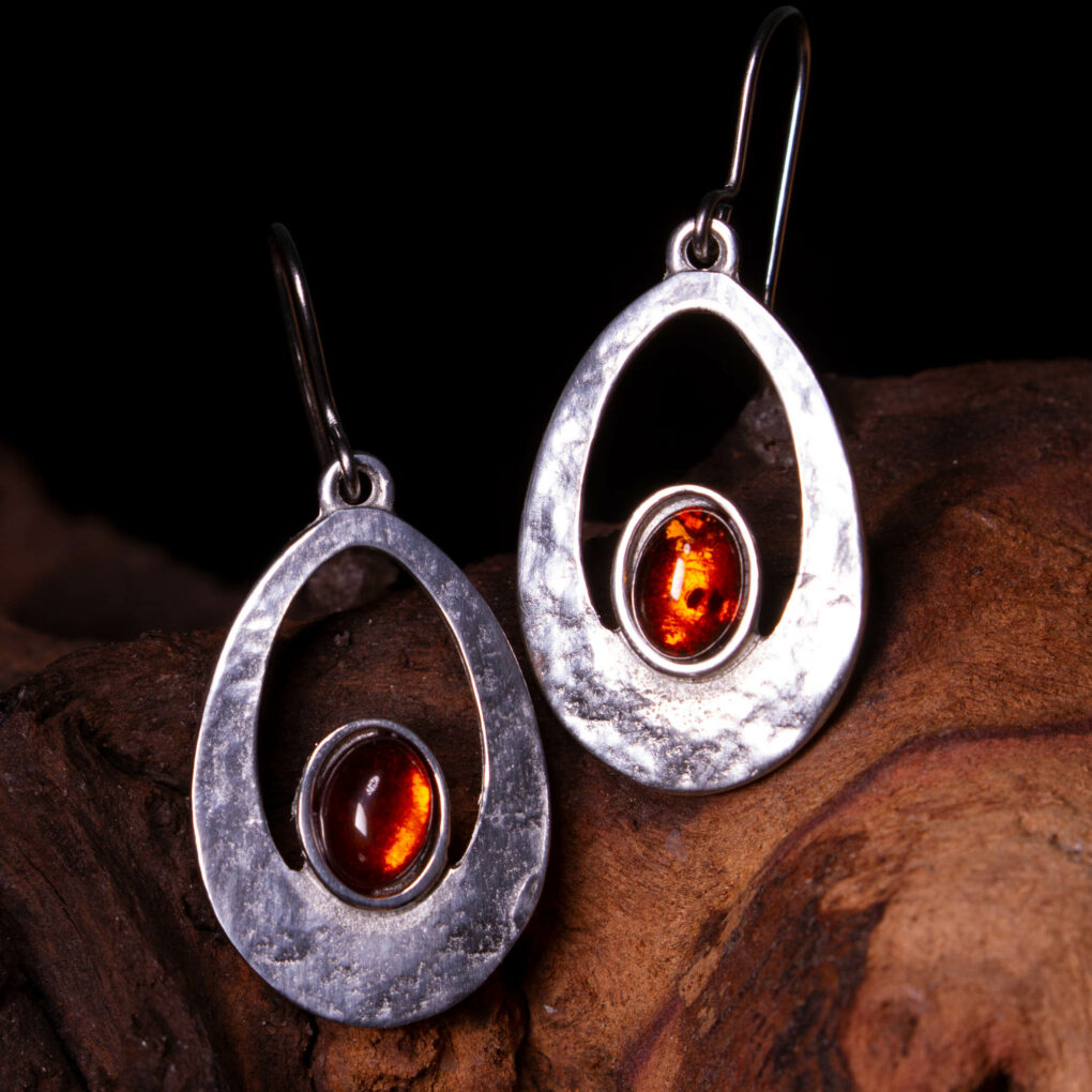 Amber cabochon earrings
