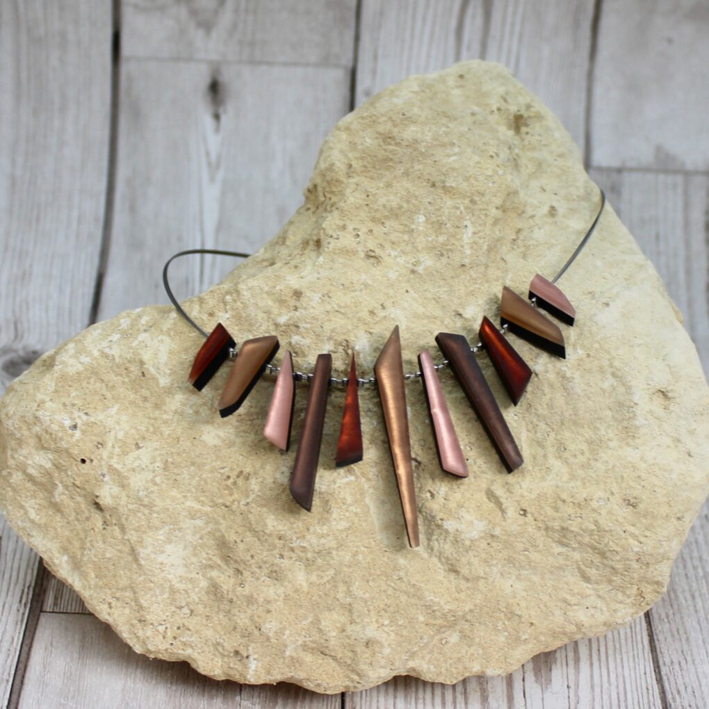 icicle necklace Nougat