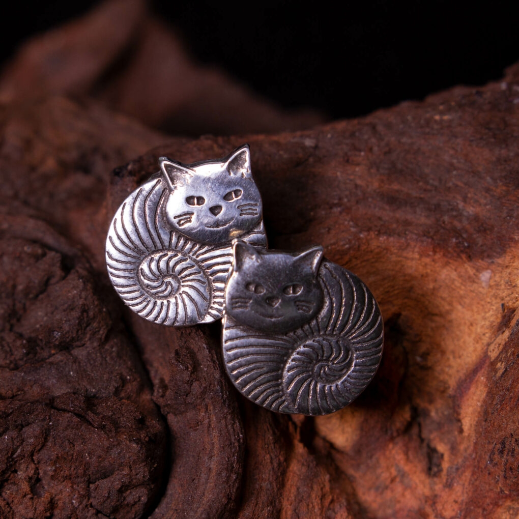 fat cat stud earrings