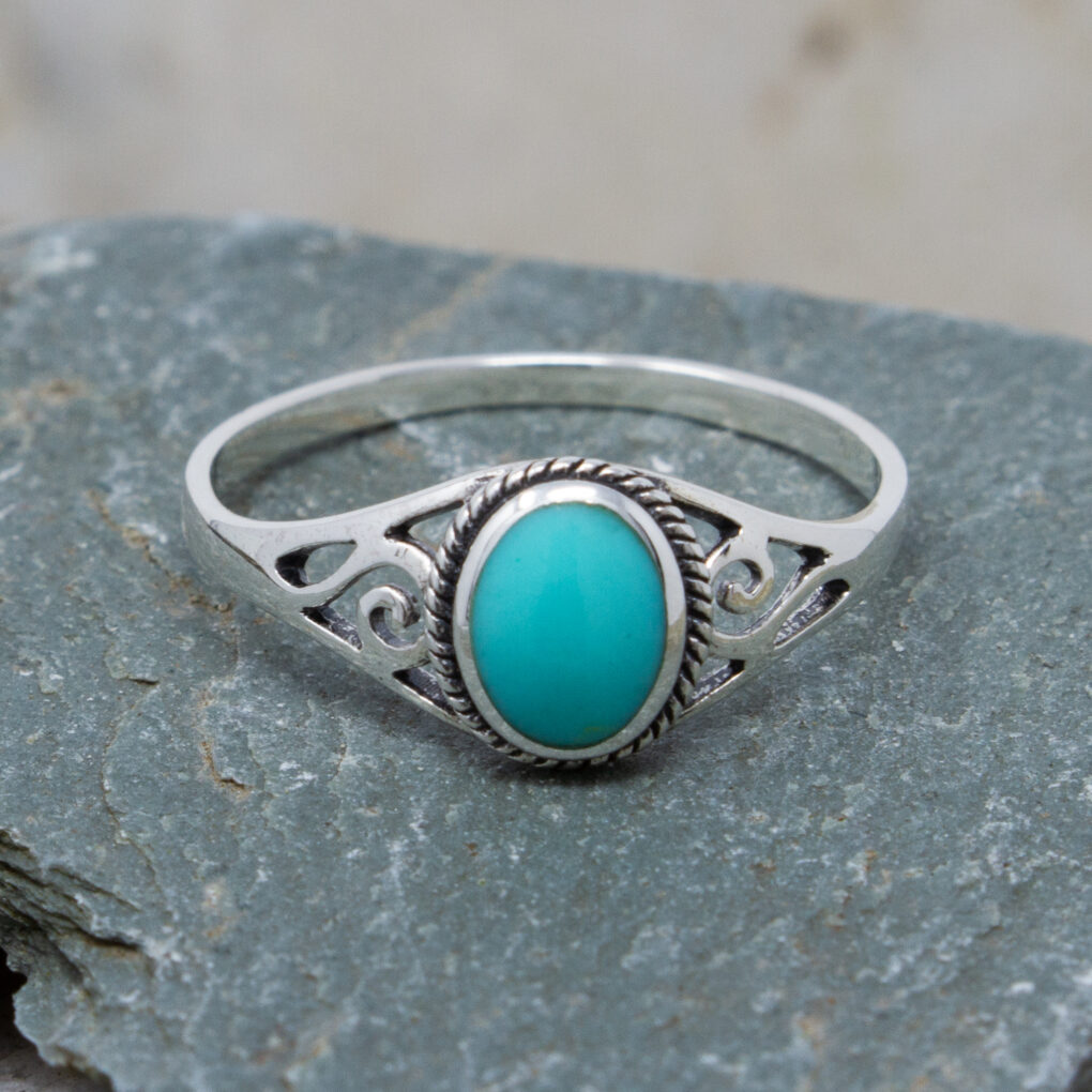 Celtic Ring With Imitation Turquoise Detail