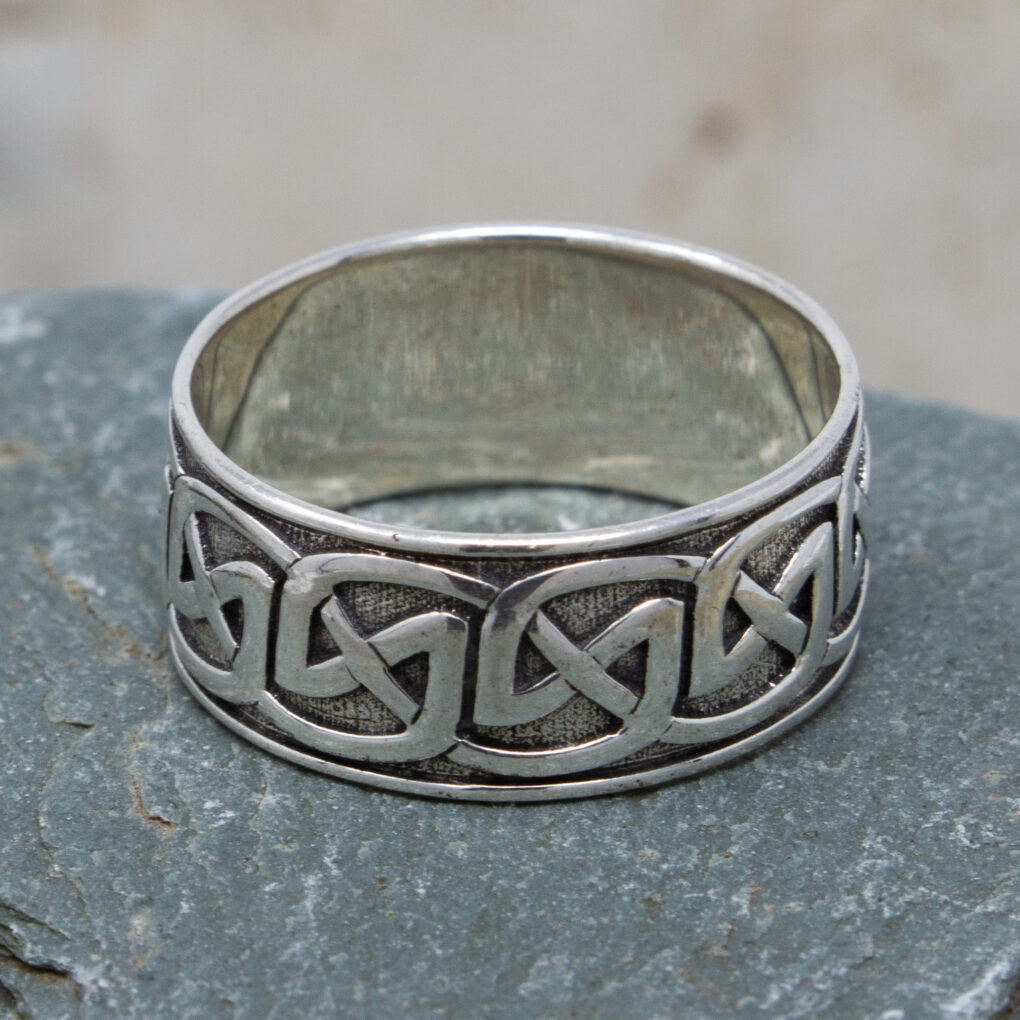Eternal Knot Celtic Ring