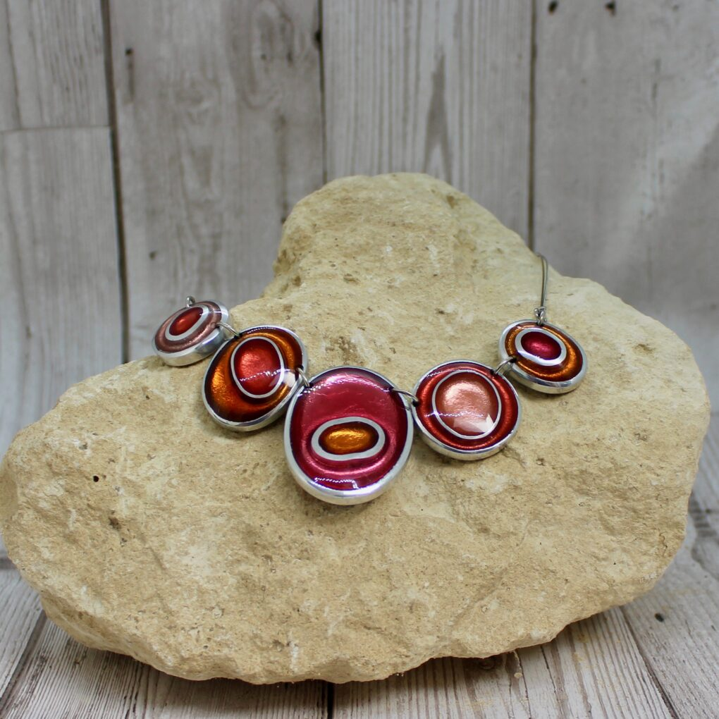 organic circles necklace coral