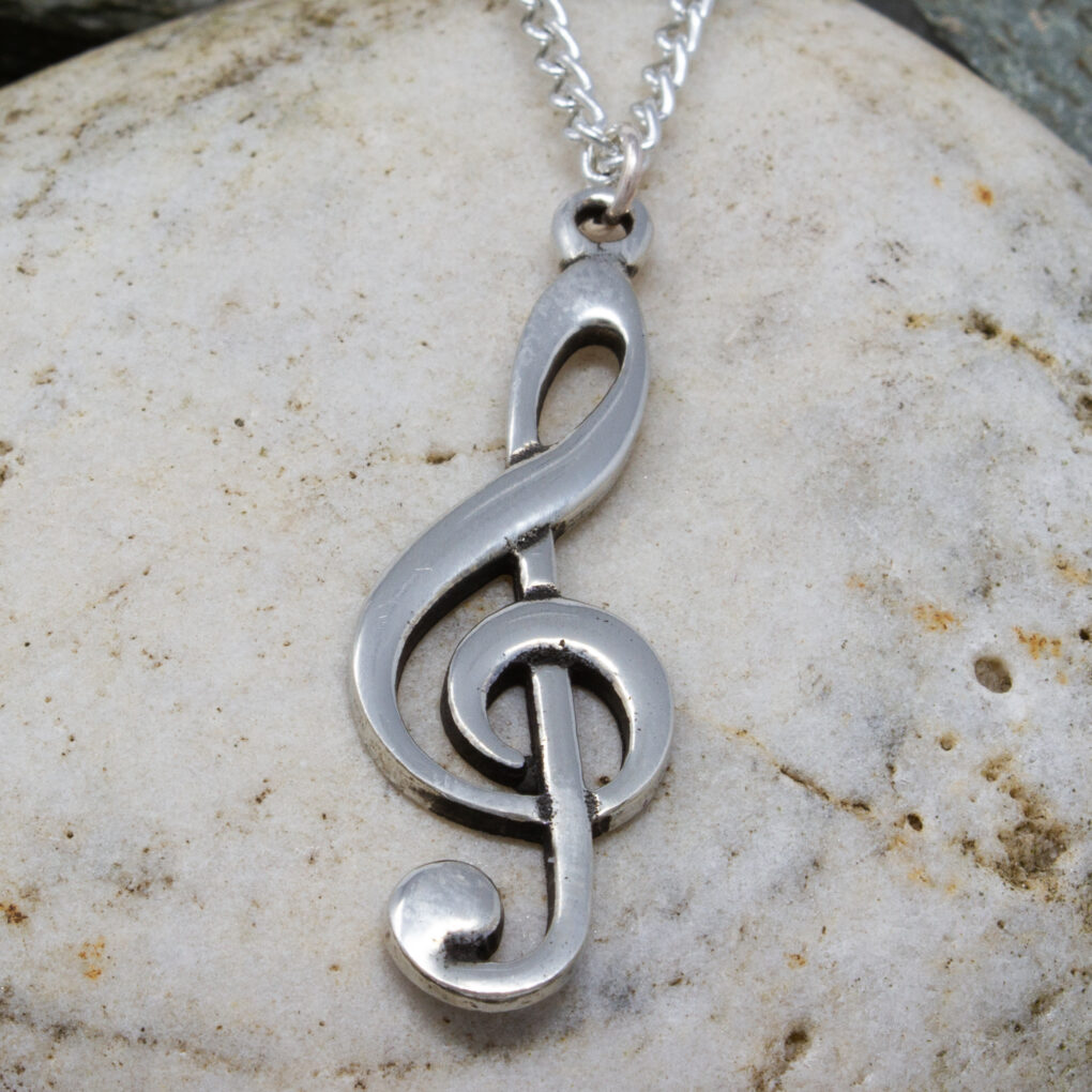 treble clef pendant pewter