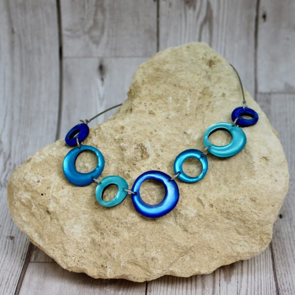 hollow circles necklace turquoise