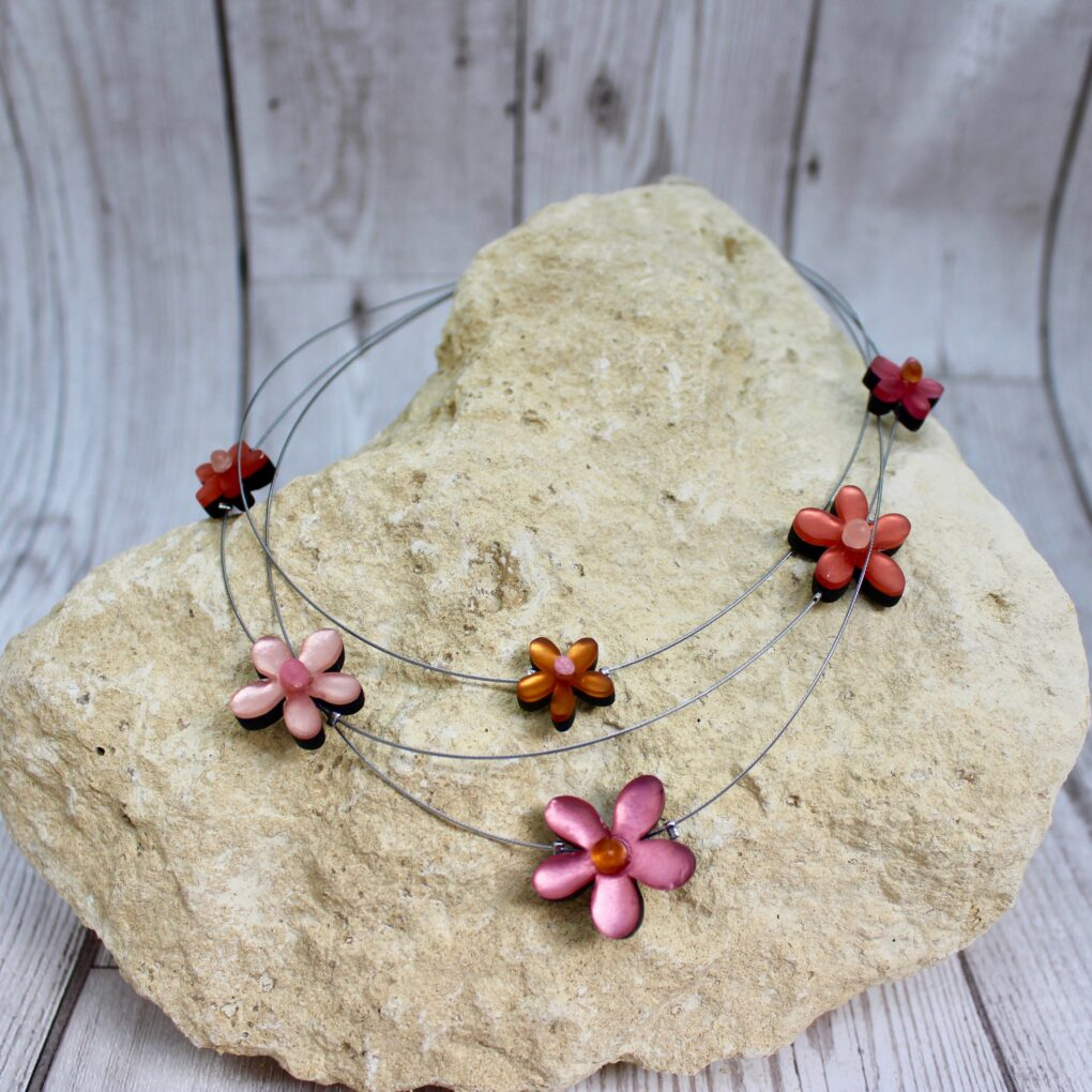 flower extravaganza necklace coral