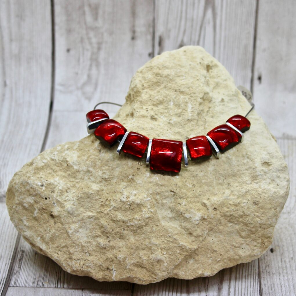 Antique squares necklace Red