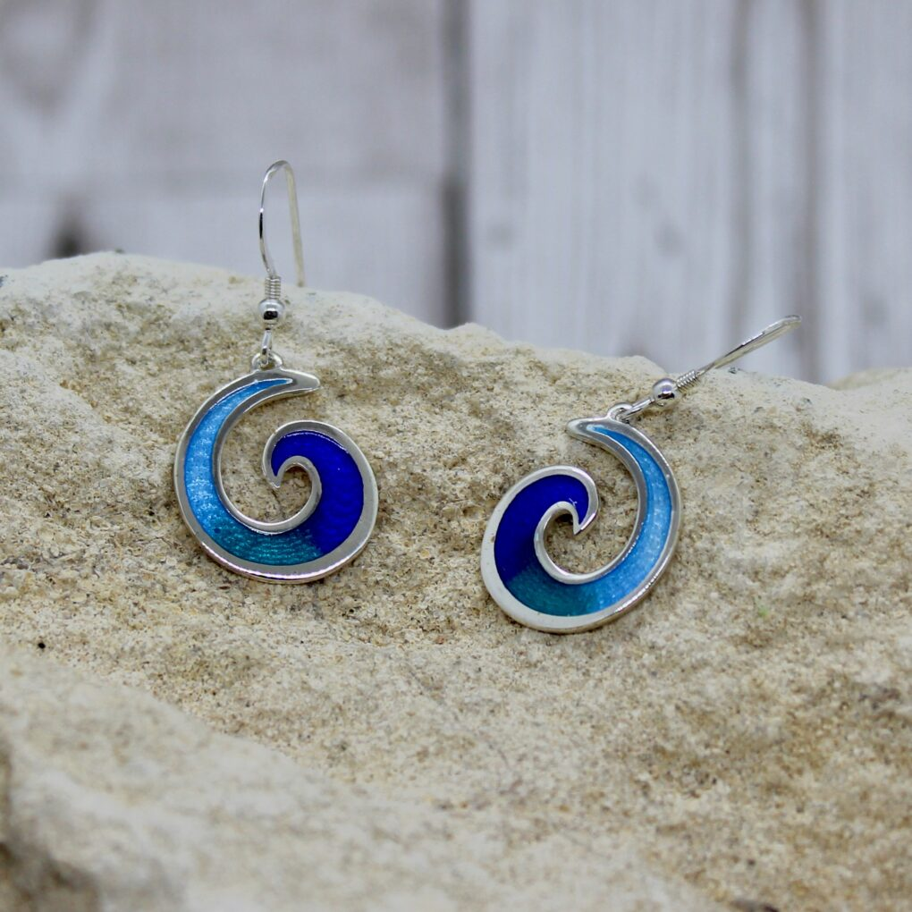 mordardha surf silver earrings