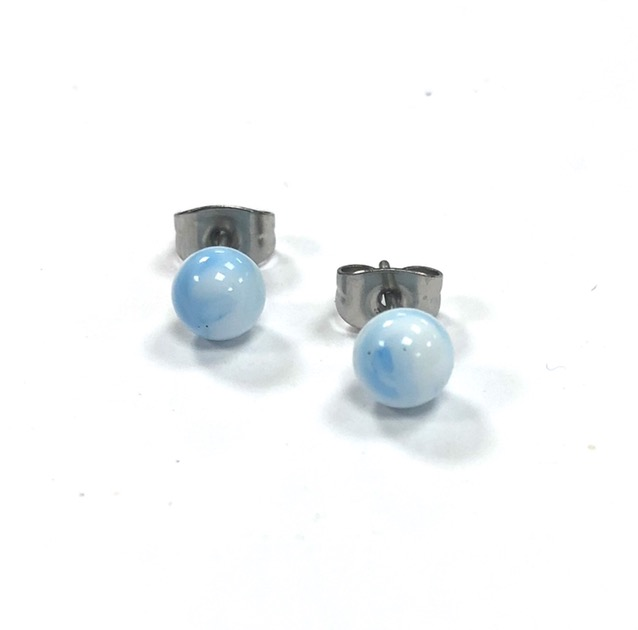 a lovely little pair of handmade glass stud earrings in a white and pale sky blue mix.
