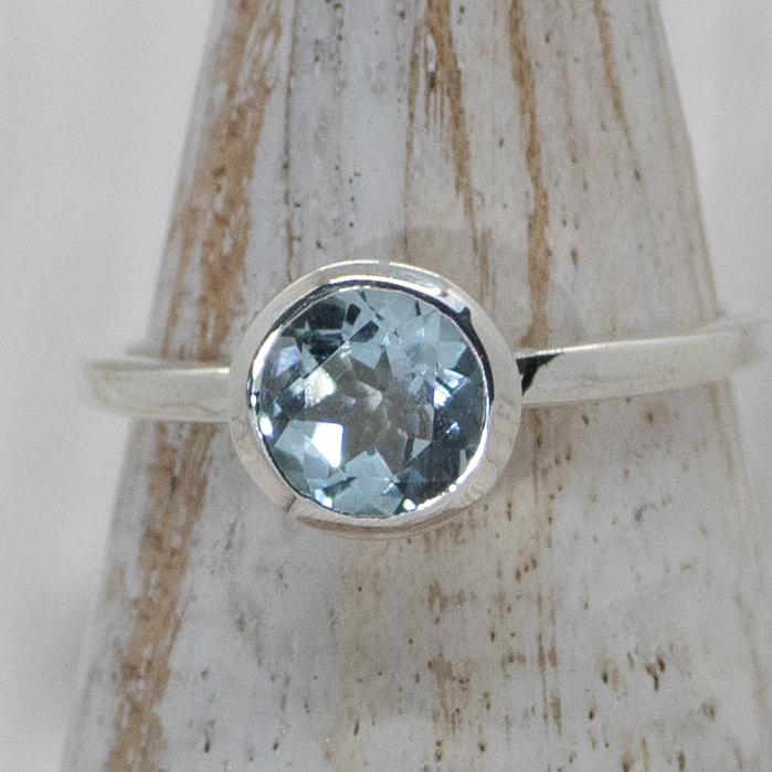 Silver Topaz Solitaire Ring