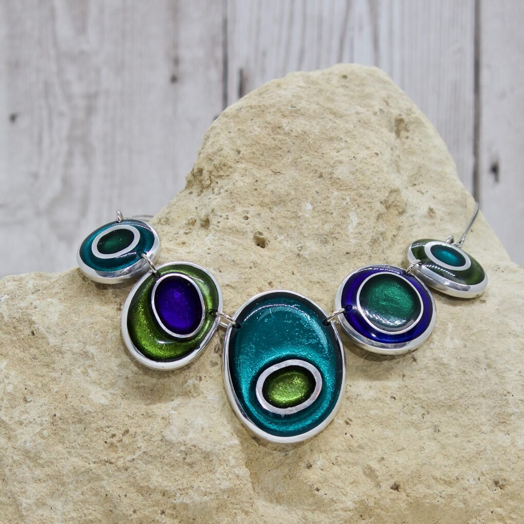 Organic Circles Necklace - Everglade